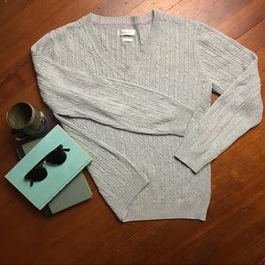 Van Heusen heather gray cable knit sweater